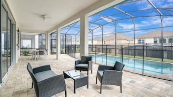 Solara Resort 1817