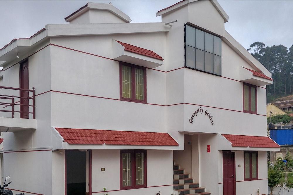 OYO 27809 Hotel Ganapathy Garden