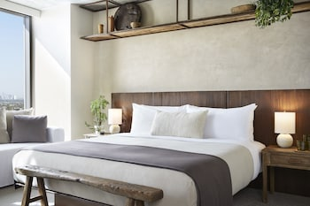 Room, 1 King Bed (City)