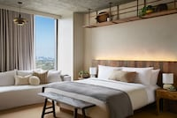 Room, 1 King Bed (Skyline)