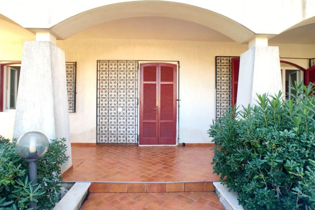 Villa Nesco, Lecce