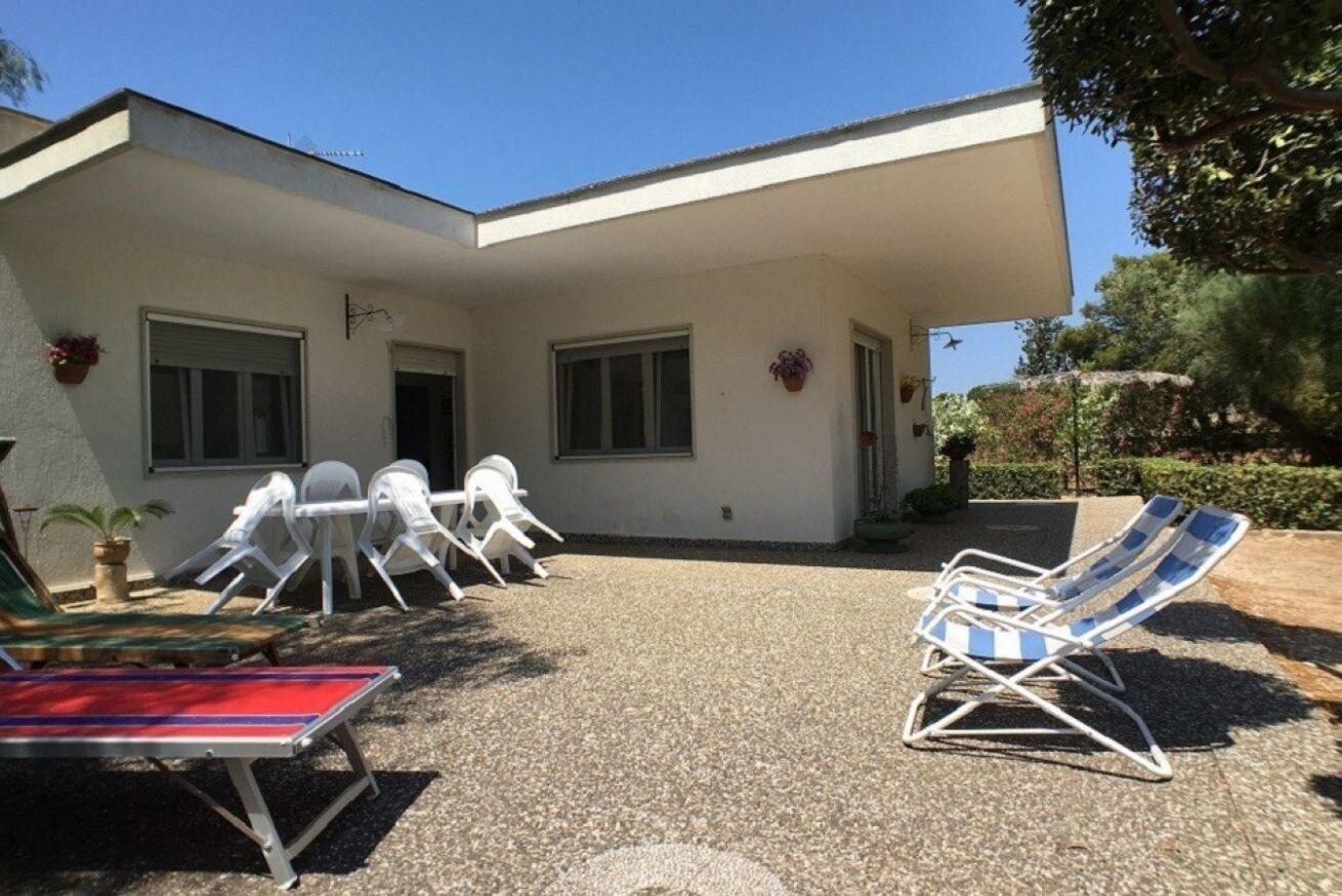 Villa Rosita, Lecce