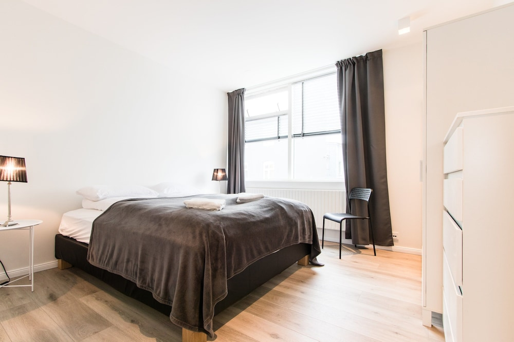Apartment V13