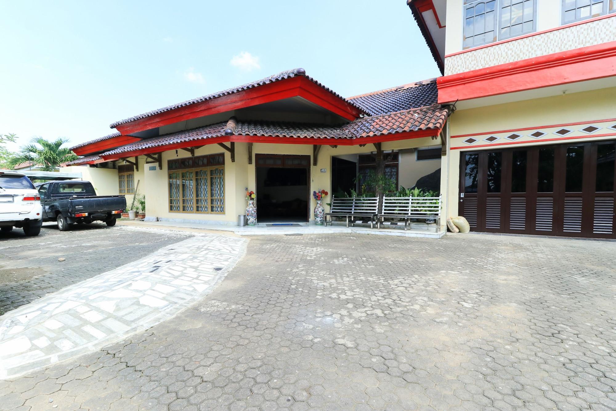 Andrin Daspatt Hotel, Makassar