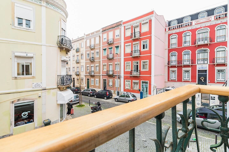 Spacious & Modern Flat in the Heart of Lisbon, Lisboa