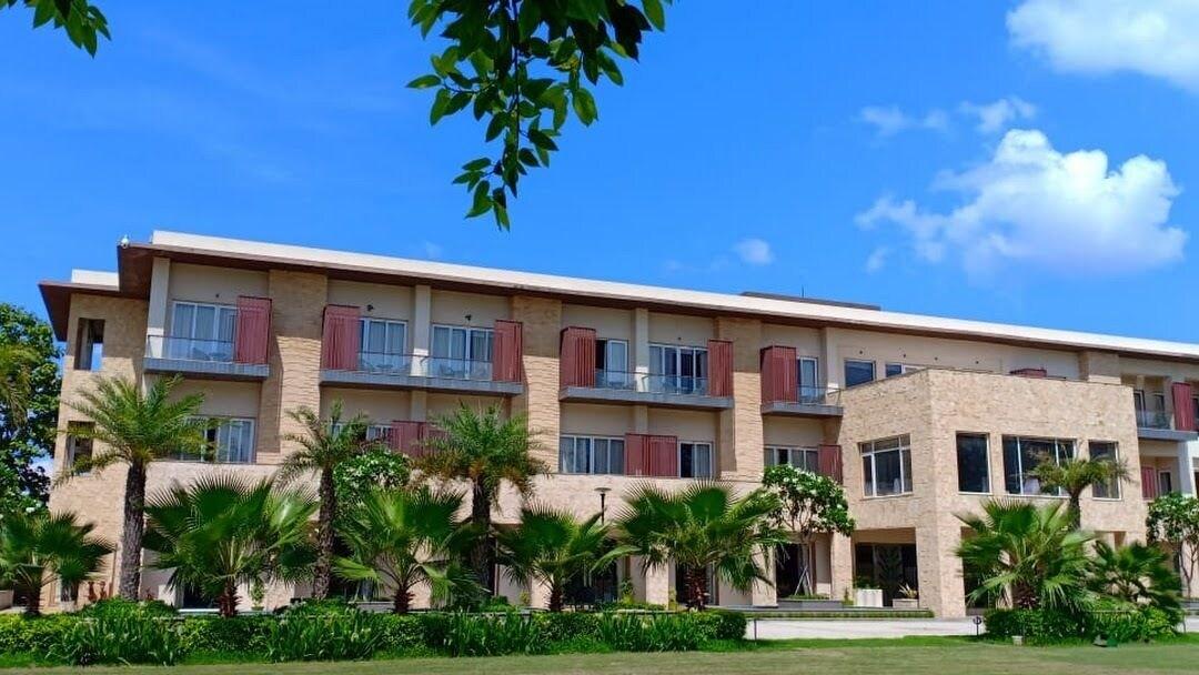 Ritz Resort, Barabanki