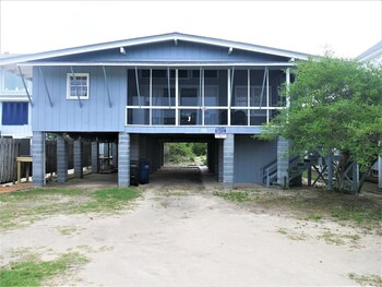 Snug Harbor II - 5 Br Home