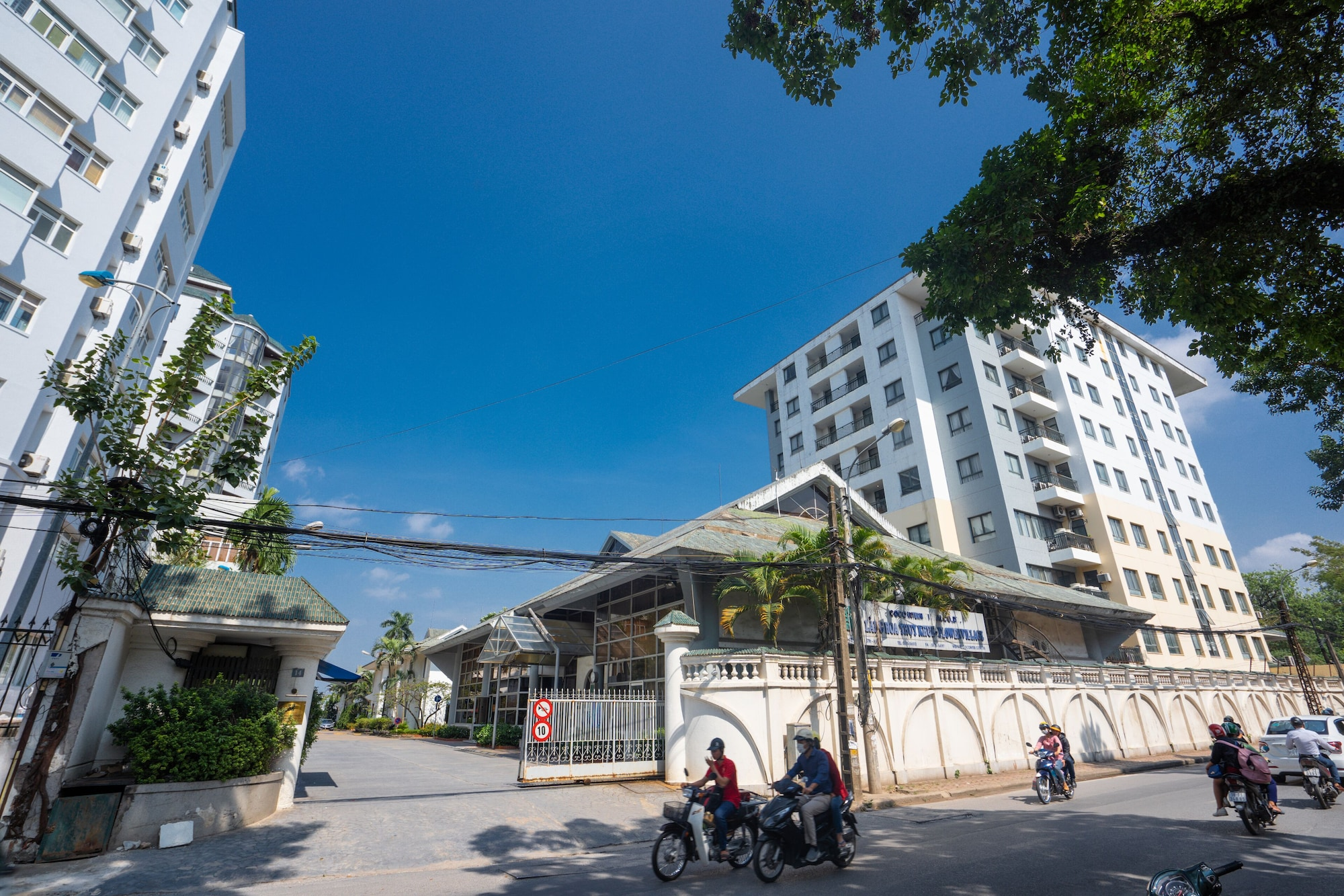 Coco Flower Village Serviced Apartment, Tây Hồ