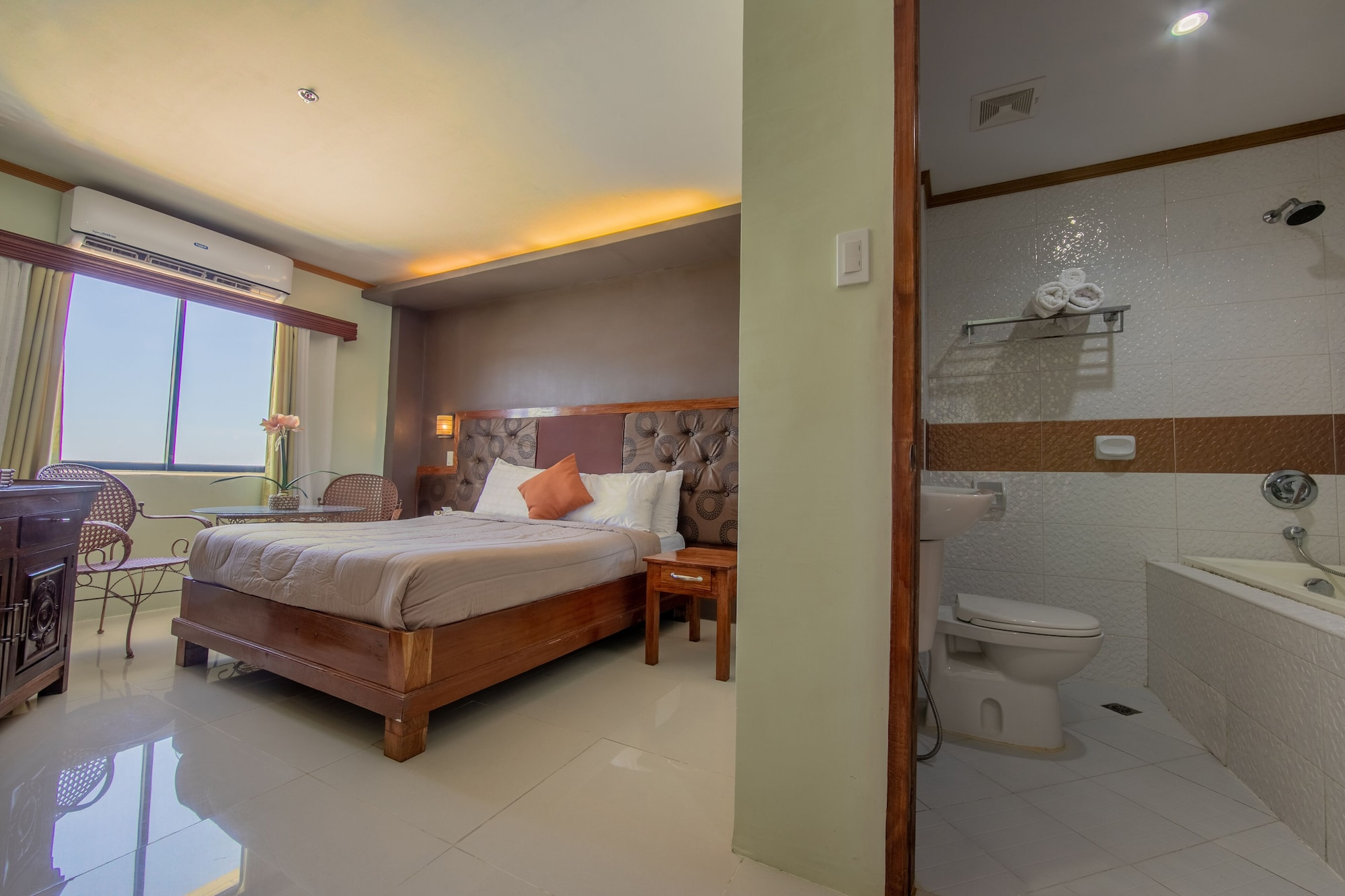 Rawis Resort Hotel, Borongan City