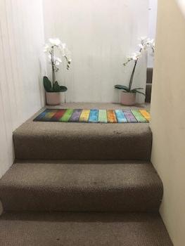 イーリング アパートメント