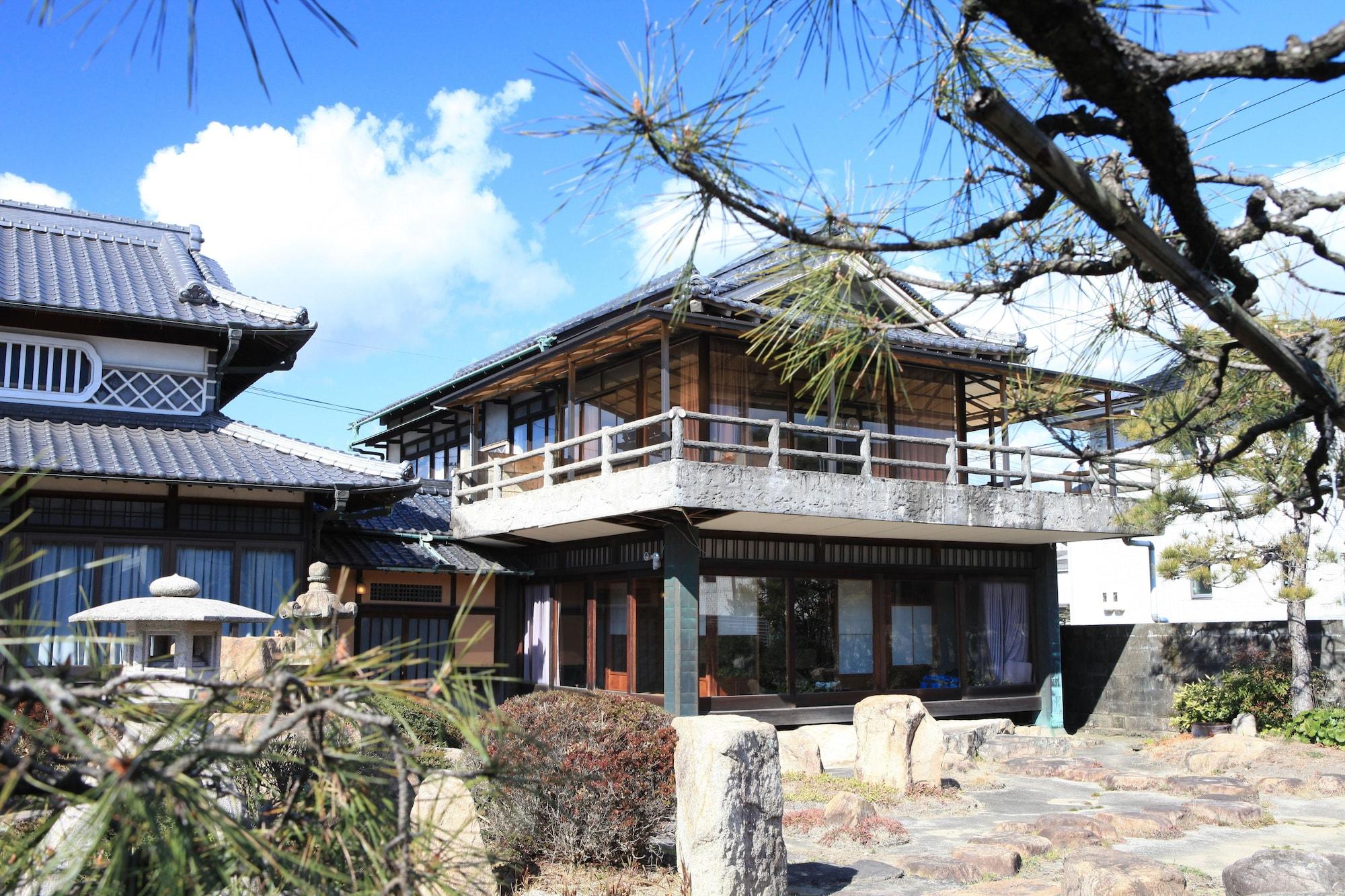 Okayama Hostel Igusa, Hayashima
