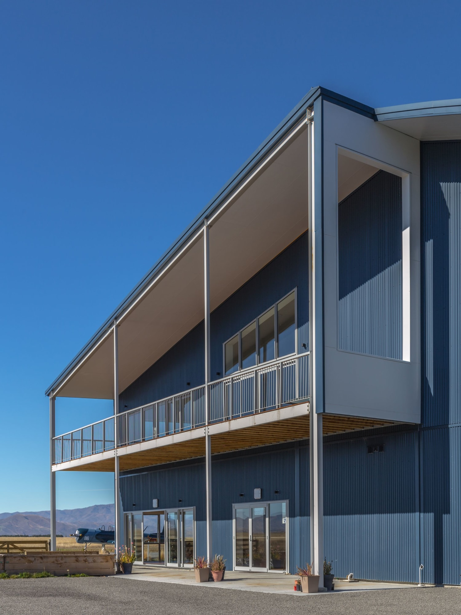 Pukaki Air Lodge, Mackenzie