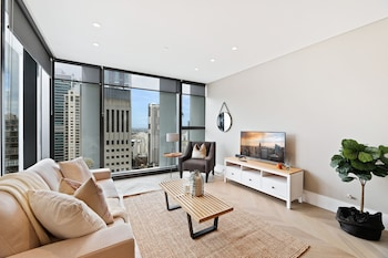 Hotel - Ultra Modern Brand New CBD View