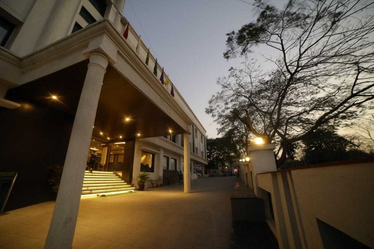 Four Season Recreation Hotel and Spa, Jalgaon