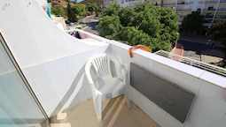 Studio in Albufeira, With Furnished Balcony and Wifi