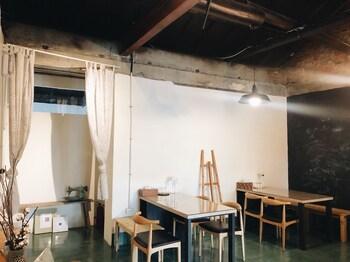 キープ ア リトル ライト アート ホステル (留小灯芸術眷村民宿)