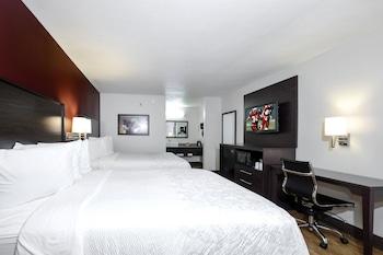 Superior Room (2 King Beds, Smoke Free)