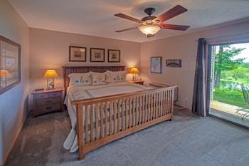 1 Bedroom Jacuzzi Suite