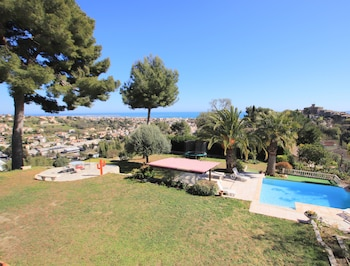 Happy Few - Villa Grimaldi