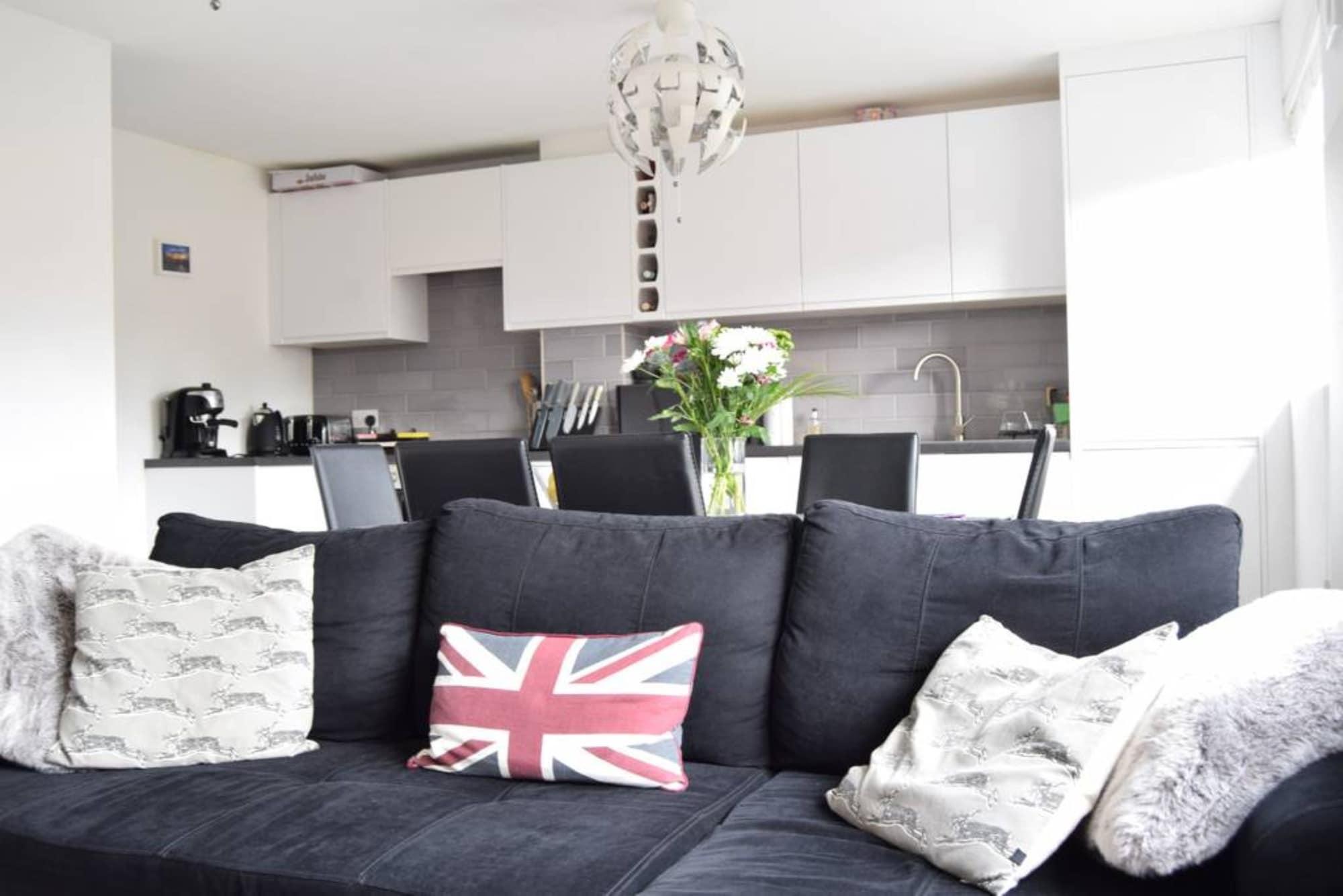 Stunning 1 Bedroom Property Close To Wimbledon, London