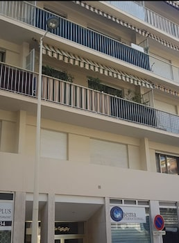 Studio in Cannes, With Wonderful City View and Furnished Terrace - 1 k