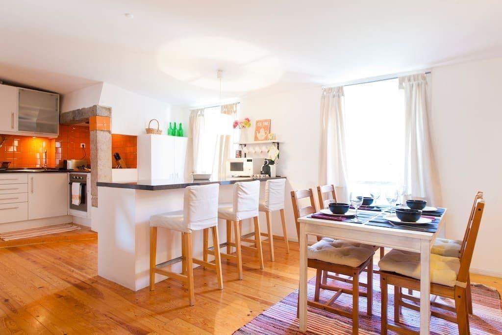 Glaring Tailor Made 2 Bedroom Apartment, Lisboa