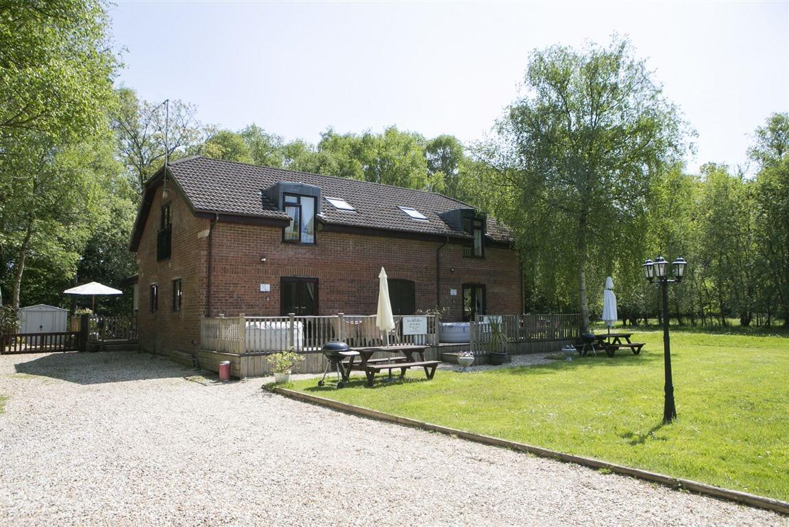 Bindon Lane Cottages - DHH, Dorset