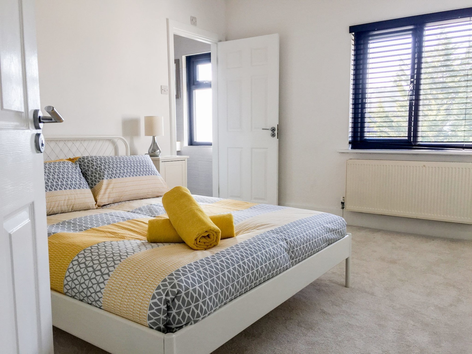 Deluxe Contemporary House - DHH, Poole