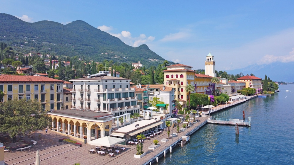 Hotel Du Lac Gardone Riviera, Featured Image