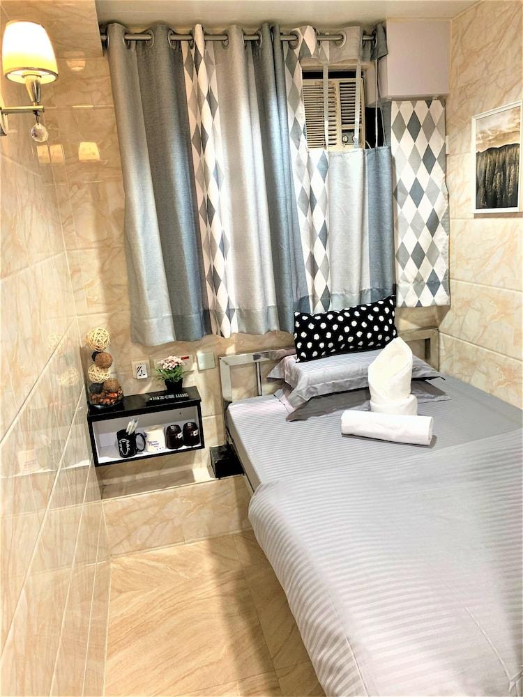 https://i.travelapi.com/hotels/37000000/36660000/36655000/36654993/06059dc2_z.jpg