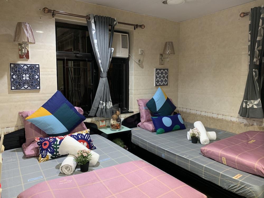 https://i.travelapi.com/hotels/37000000/36660000/36655100/36655019/26d9a879_z.jpg