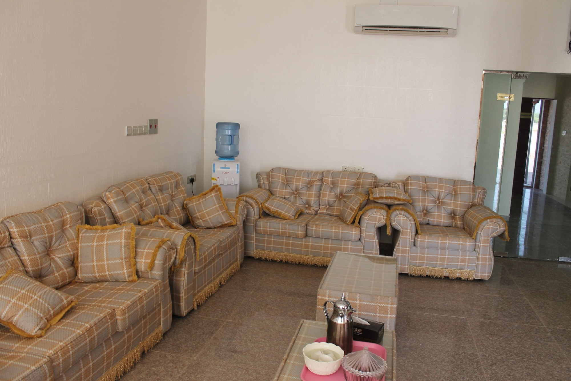 OYO 107 Ras Al Hadd Waves Hotel, Sur