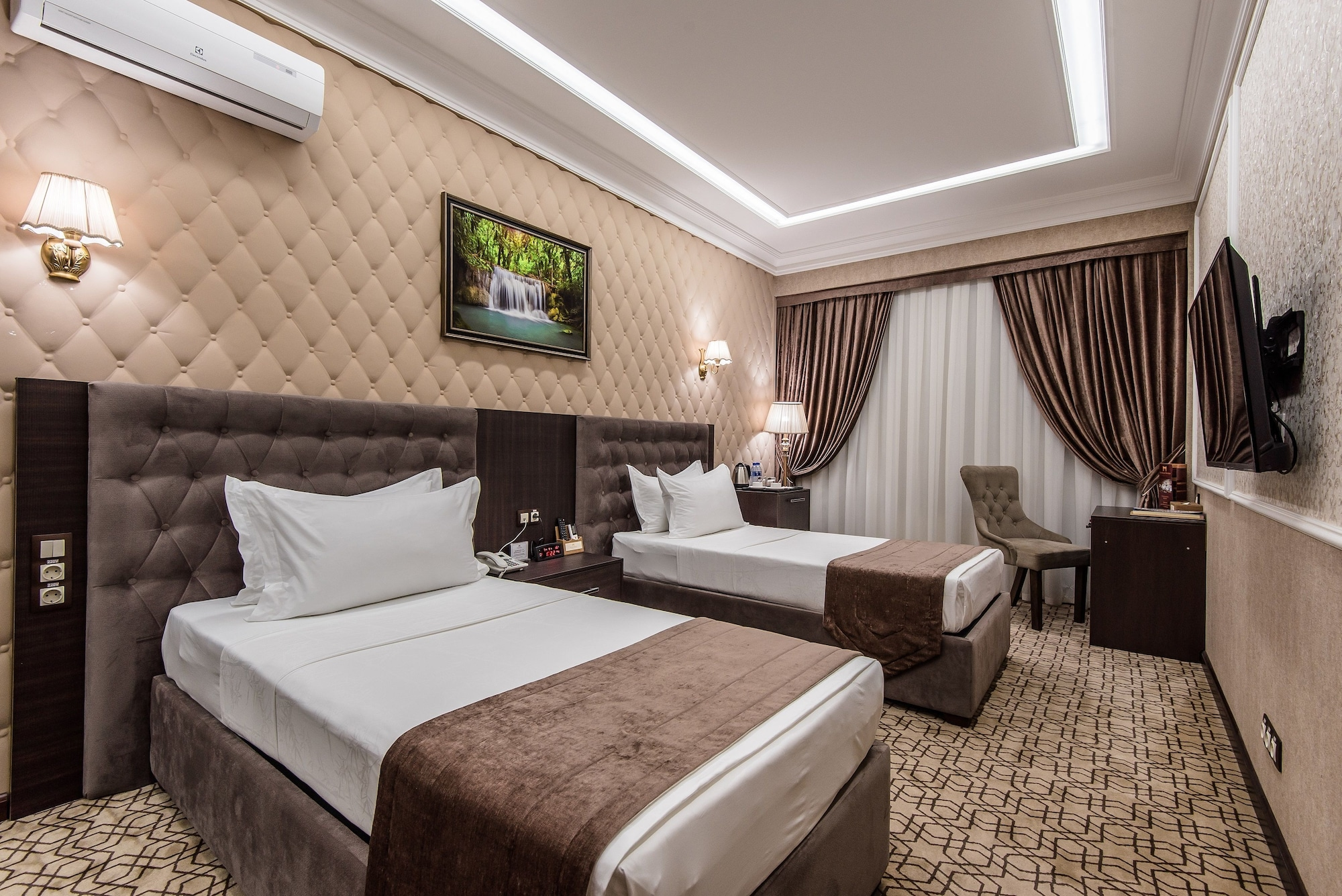 The Royal Mezbon Hotel & SPA, Tashkent City