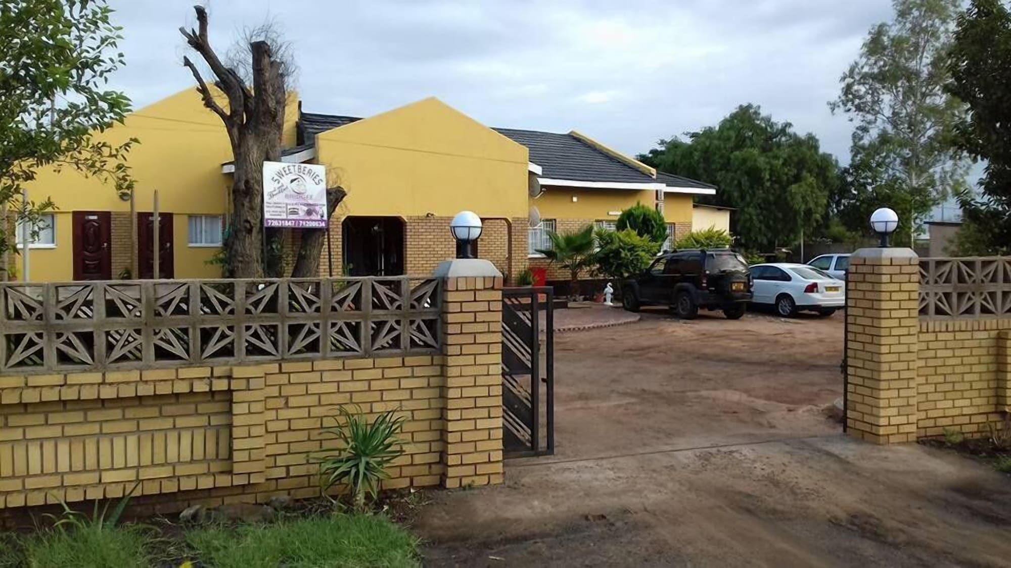 Sweetberries Bed & Breakfast, Serowe