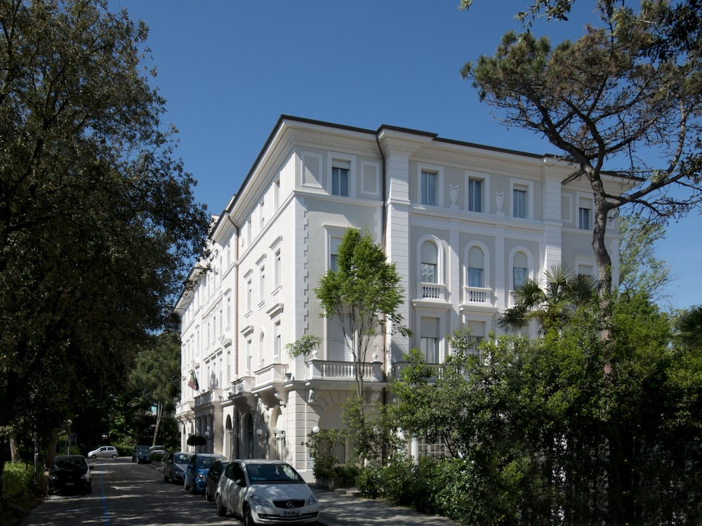 Hotel Residenza Parco Fellini