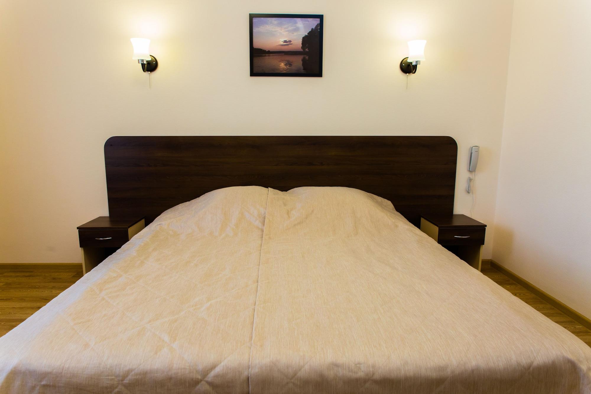 Tair Hotel, Medvedevskiy rayon