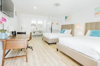 Deluxe Double Room, 2 Queen Beds, Non Smoking