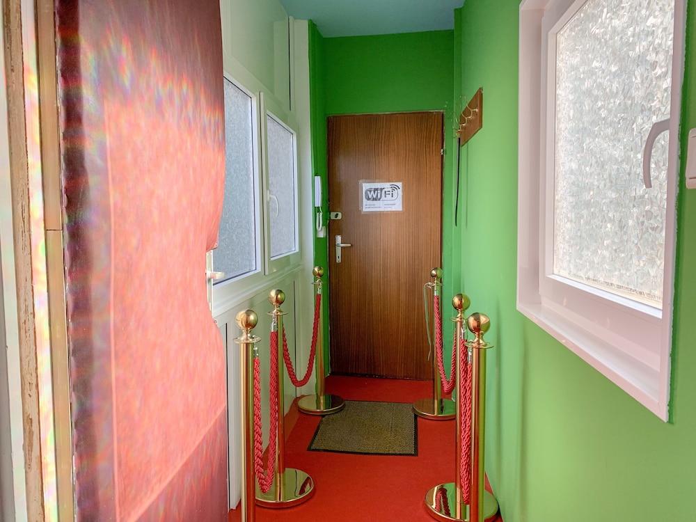 Fanaa Apartment