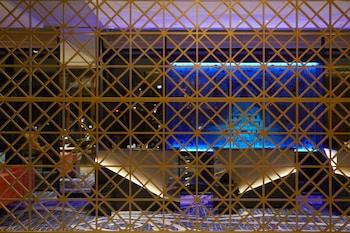 OSAKA EXCEL HOTEL TOKYU Lobby