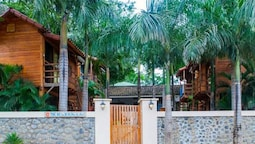 The Beach Bungalows Tamarindo B&B