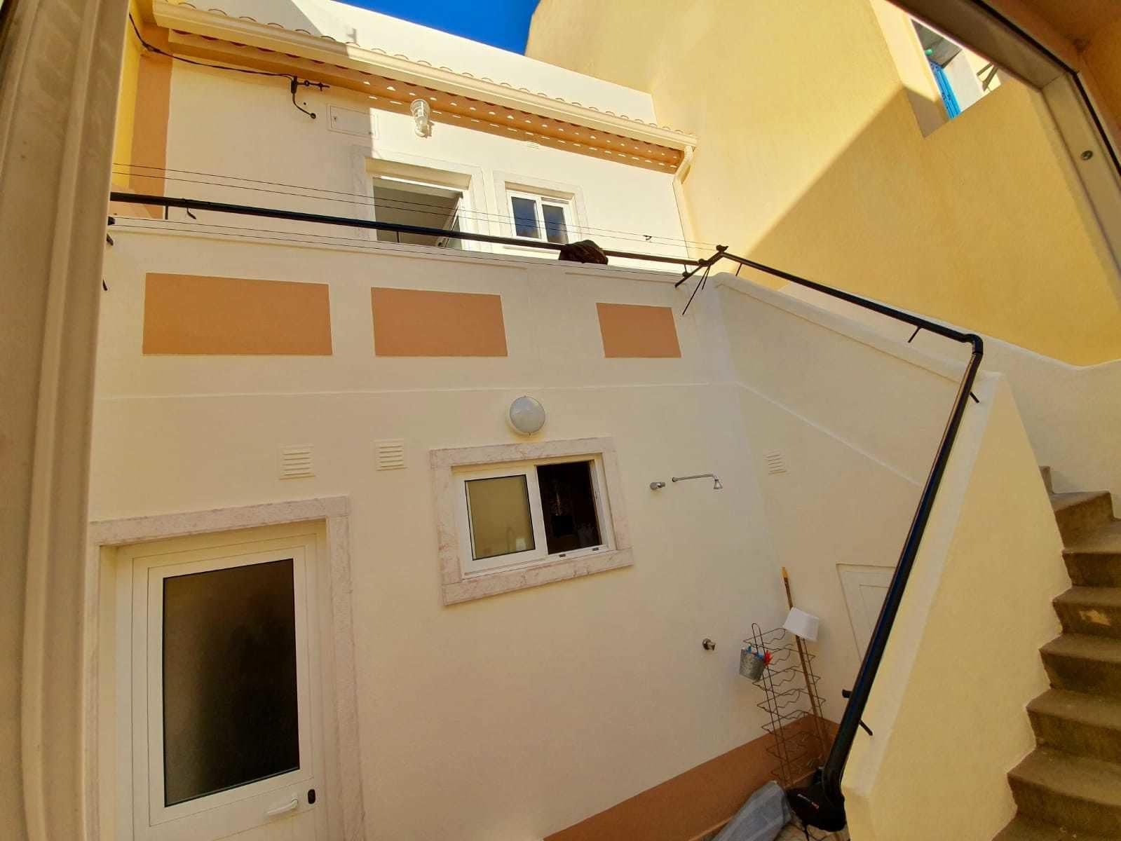 Caparica Surf Apartment by Host-Point, Almada