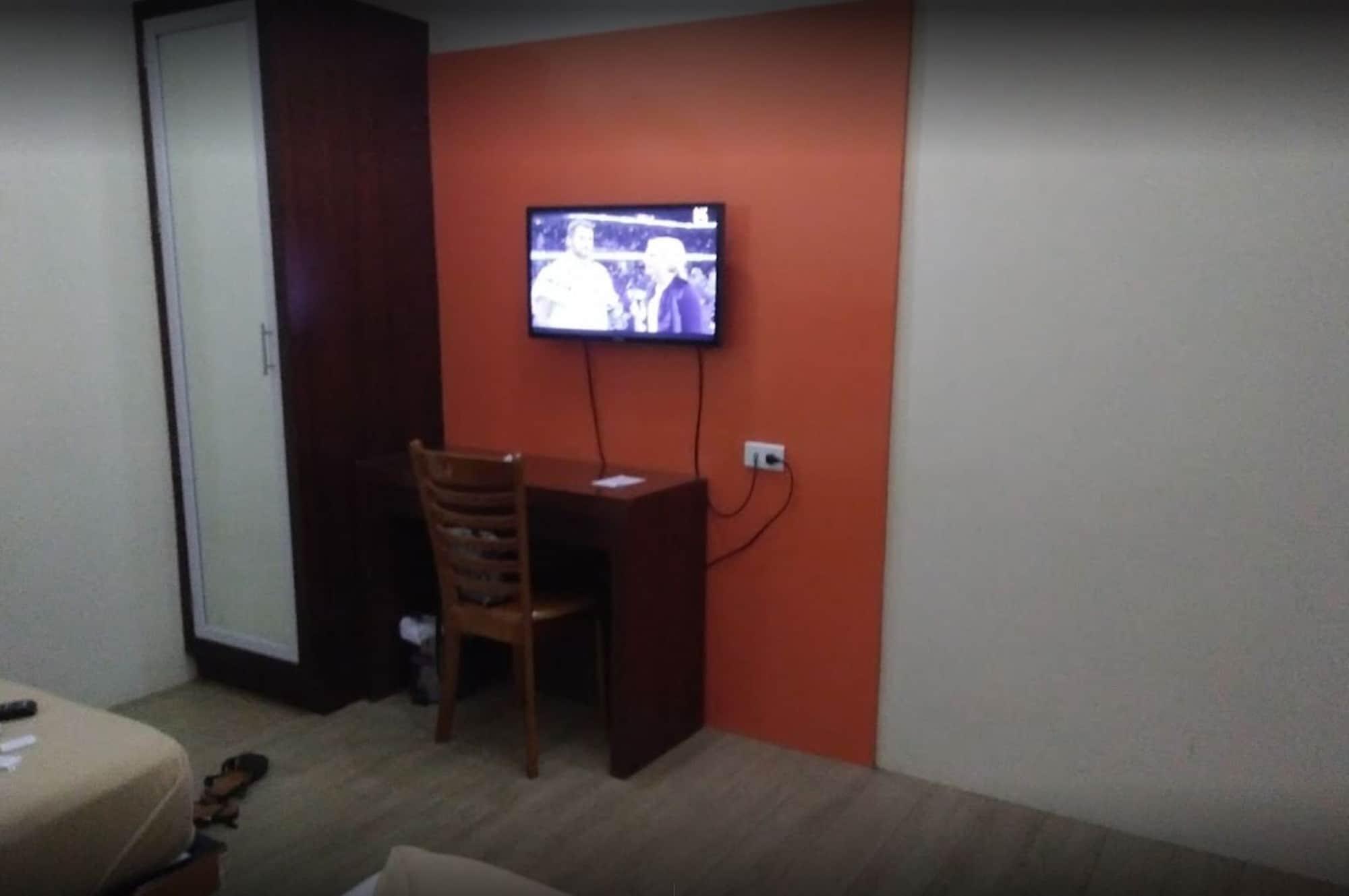 Ey Miner Suites Borromeo, Surigao City