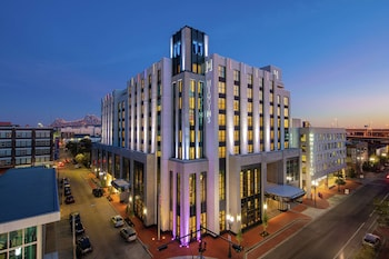 紐澳良希金斯飯店 - 希爾頓 Curio 精選系列 The Higgins Hotel New Orleans, Curio Collection by Hilton