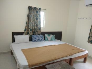 Iroomz Sri Srinivasa Residency