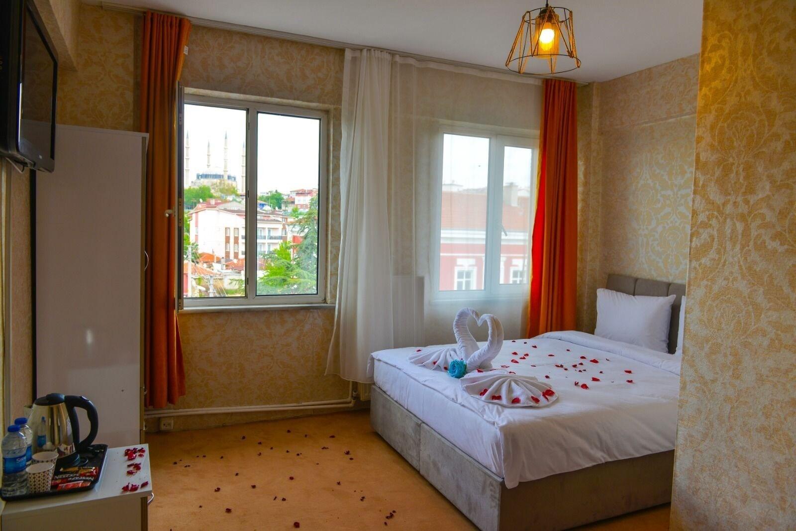 White Blue Hotel Edirne, Merkez