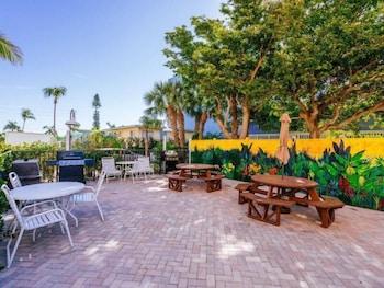 Estero Island Beach Villa 303 - Two Bedroom Villa with Gulf View