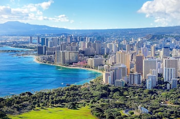 Hotel - Waikiki Banyan - Ocean View Tower 2 Suite 3704