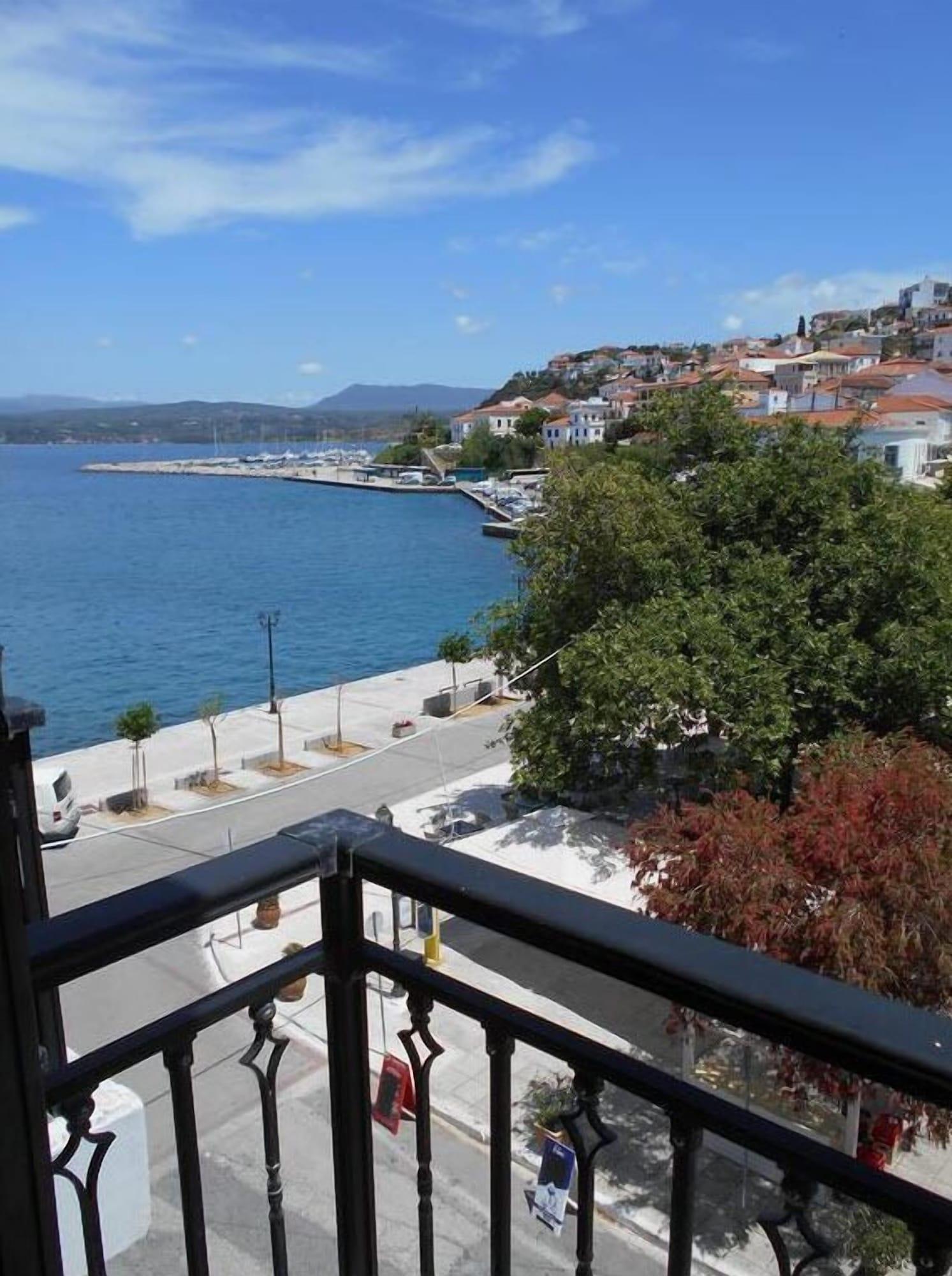 Galaxy Hotel, Peloponnese