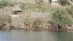 Borac Bay Bungalows Resort and Spa