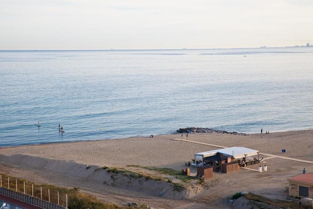 カンデラズ ビーチ & ポート - パノラミック コースト バルセロナ